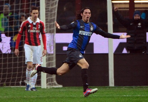 schelotto-gol-inter-milan-derby.jpg